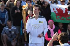 Matt Smith (Doctor Who) carries the Olympic Torch! So cool!