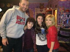 Mais de The Haunted Sam and Cat.