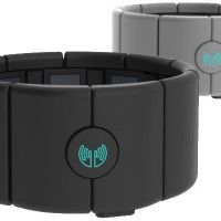 MYO armband lets users control Macs and PCs through gesture