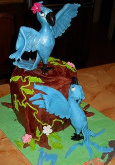 Disney Rio Vanilla Sponge cake with Fondant figures Fondant Figures, Fondant Cakes, Rio Party, Vanilla Sponge Cake, Hawaiian Luau Party, 1st Birthday Parties, Birthday Ideas, Character Cakes, Love Cake