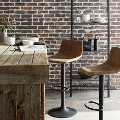 Adjustable bar stool in textured imitation leather and metal Loft Furniture, Kitchen Furniture, Metal Stool, Adjustable Bar Stools, Chaise Bar, Chair, Wood, Kitchen Inspiration, Kitchen Ideas