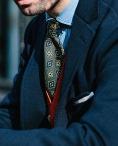 #Deakes #Drakeslondon #madeinengland #Elegance #Fashion #Menfashion #Luxury #Dapper #Class #Sartorial #Style #Lookcool #Trendy #Bespoke #Dandy #Classy #Awesome #Amazing #Tailoring #Stylishmen #Gentlemanstyle #Gent #Outfit #TimelessElegance #Charming #Apparel #Clothing #Elegant #Instafashion