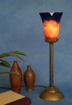 Klassische-Empire-Tischleuchte-Messing-um-1920-Jugendstil-Tischlampe  EUR 199,00 Messing, Empire, Table Lamp, Lighting, Ebay, Home Decor, Art Nouveau, Classic, Light Fixtures