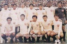 En 1971 en el Estadio Nacional, el Club @Universitario de Deportes empata sin goles con la Selección de Francia...