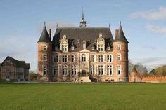 Château de Tilly  à Boissey-le-Châtel  — Wikipédia
