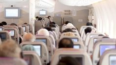 Best time to go toilet on a plane travel tips flight tips Reserved Seating, Airline Reservations, Air Tickets, Airline Tickets, Long Flights, United Airlines, Long Haul, Flight Attendant, Travel Style