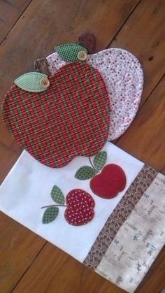Crochet Pinwheel Afghan Square - WSX World Applique Towels, Applique Patterns, Applique Designs, Quilt Patterns, Embroidery Designs, Sewing Patterns, Patch Quilt, Quilt Blocks, Fabric Crafts