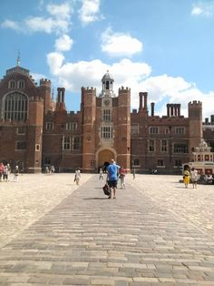 Hampton Court ruled by the Tudors dynasty