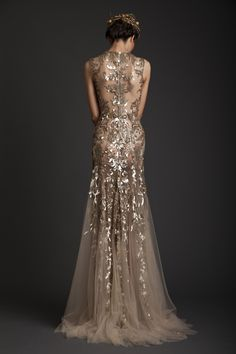 Love the gold on this gown // Krikor Jabotian