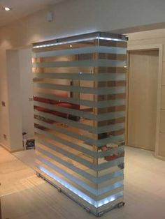 Mirrored Quot Columns Quot Balmain Showroom Retail Interiors