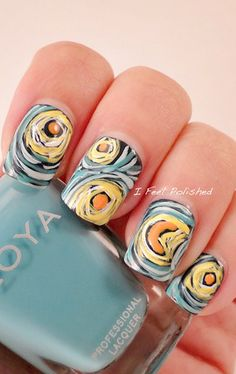 Artsy! I wonder if there are people out there who can actually do this to their nails....I just wonder...