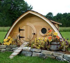 Hobbit Hole Chicken Coop- Wooden Wonders