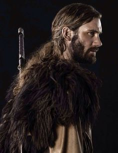 """Clive Standen as 'Rollo' in The History Channel's """"Vikings"""". Would make a great Lykae Vikings Tv Show, Vikings Tv Series, Lagertha, Rollo Vikings, Rollo Lothbrok, Bracelet Viking, Viking Jewelry, Fauna Marina, Viking Series"""
