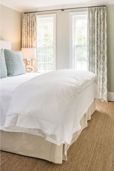 modern farmhouse bedroom design with all white bedding and simple curtains, cottage bedroom design with jute rug, neutral master bedroom decor ideas Serene Bedroom, Pretty Bedroom, Beautiful Bedrooms, Dream Bedroom, Home Bedroom, Modern Bedroom, Master Bedroom, Bedroom Decor, Bedroom Colors
