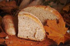 Чтобы хлеб на закваске Sekowa получался быстро и вкусно, а сухие гранулы расходовались ну очень экономно и эффективно, можно использовать большую производственную опару. Просто поставить на готовом стартере Sekowa опару сразу на несколько буханок хлеба и постепенно ее использовать.