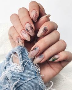 What manicure for what kind of nails? - My Nails Cute Nails, Pretty Nails, Hair And Nails, My Nails, Holiday Nails, Cool Nail Art, Manicure And Pedicure, Nails Inspiration, Beauty Nails