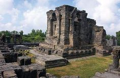 feature_ancient_temples-6_060915122643.jpg (440×287)