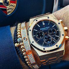 Perfect: Audemars Piguet / golden bracelets / Porsche.