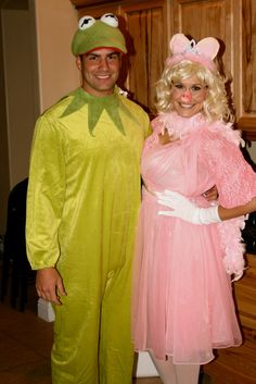 Kermit the Frog and Miss Piggy - Homemade Adult Halloween Costume