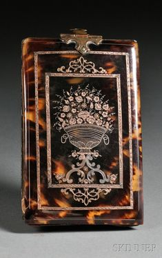 Silver and Gold Inlaid Tortoiseshell Notebook Case, England, early century, a floral bouquet within a double banded border, the reverse with double shield-shaped cartouche Antique Boxes, Or Antique, Antique Items, Parisienne Chic, Sea Turtle Shell, Decorative Accessories, Decorative Boxes, Notebook Case, Pretty Box
