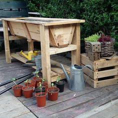 Rustic #veggie trough just finished. Follow Pallet Creations UK on Facebook Pinterest or Instagram. Pallet Creations UK. #pallet #pallets #wood #palletcreations #palletcreationsuk #palletwood #upcycle #upcycled #recycle #interiordesign #wolverhampton #recycled #repurpose #repurposed #reused #salvage #art #disign #interiordesign #diy #palletfurniture #planters #woodenplanterboxes #diy #woodworking #woodwork #palletplanter #palletplanters #garden de palletcreationsuk