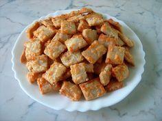 Ízek és élmények: Sajtos keksz Cereal, Chicken, Meat, Breakfast, Morning Coffee, Corn Flakes, Morning Breakfast, Cubs, Breakfast Cereal
