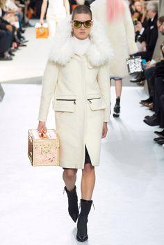 Louis Vuitton, Look #9