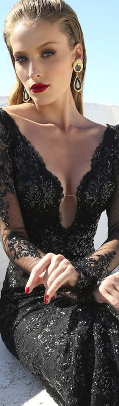 Stunning Galia Lahav Blk Dress.. ❤