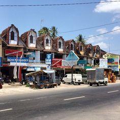 Part of the Main Street senggigi Lombok ... #upstickandgo #senggigi #lombok #streetscape #travelphotos #travellingtheworld #travel