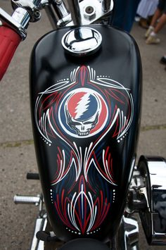 Deadhead by Mike Traynor Via Flickr: Deadhead. Motorcycle Tank, New Tank, Airbrush Art, Lowbrow Art, Pinstriping, Bike Art, Bike Stuff, Custom Bikes, Cool Bikes