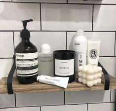 Skin Makeup, Beauty Makeup, Hair Beauty, Beauty Vanity, Mojave Ghost, Shower Soap, Welcome To My House, Bathroom Organisation, Perfume