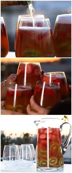 Sparkling Strawberry Kiwi Sangria | This Sparkling Strawberry Kiwi Sangria Is Beyond Refreshing