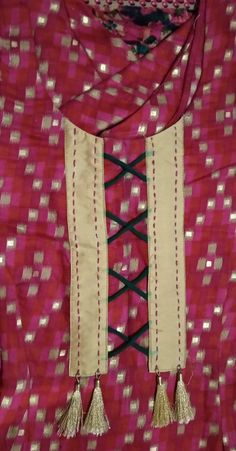 Chudithar Neck Designs, Neck Designs For Suits, Neckline Designs, Dress Neck Designs, Hand Designs, Sleeve Designs, Hand Embroidery Dress, Embroidery Suits Design, Embroidery On Clothes