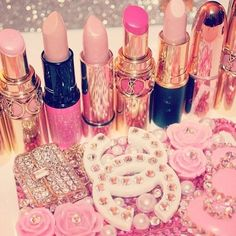 Imagem de pink, lipstick, and makeup