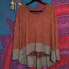 Free People High Low Long Sleeve Dolman Top Brand new and never worn with original tag still on, it's perfect for any occasion! It's a medium but could fit from a small to a large depending on the fit and look you are going for. Free People Tops
