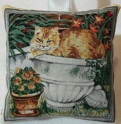 Cat Christmas Gift / Cat Fabric Lavender Bag / Stocking Filler \ Ginger Cat Gift