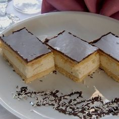 See related links to what you are looking for. Hungarian Cake, Hungarian Recipes, No Bake Desserts, Easy Desserts, My Recipes, Cooking Recipes, Romanian Food, Cake Bars, Cake Cookies