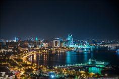 Ogni Nochnogo Baku Potryasayushie Fotografii Sergeya Anashkevicha Fotoiskusstvo Baku City New York Skyline City