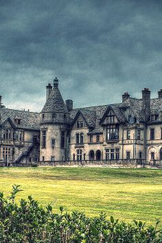 Carey Mansion (Collinwood Mansion)~~Carey Mansion, originally called Seaview Terrace, is a sprawling French Renaissance château located in Newport, Rhode Island.   *The television show Dark Shadows used its exterior as the fictional Collinwood Mansion.   Home to vampires, ghosts, and loads of history..