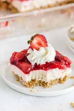 Strawberry Pretzel Salad on a white plate with cool whip and a strawberry on top Greek Yogurt Cheesecake, Fluffy Cheesecake, Easy No Bake Cheesecake, Baked Cheesecake Recipe, No Bake Desserts, Delicious Desserts, Dessert Recipes, Summer Desserts, Cake