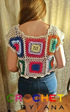 Remera en macramé multicolor