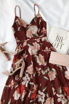 Into Bloom Burgundy Floral Print Maxi Dress fall floral dress for weddings and events The post Into Bloom Burgundy Floral Print Maxi Dress appeared first on Do It Yourself Diyjewel. Fall Dresses, Pretty Dresses, Sexy Dresses, Casual Dresses, Fashion Dresses, Summer Dresses, Long Dresses, Chiffon Dresses, Event Dresses