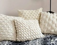 kissen h lle mit herz motiv selber stricken strick dir ein kissen mit stricken pinterest. Black Bedroom Furniture Sets. Home Design Ideas
