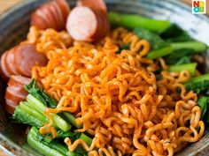 Noobcook | Samyang's Spicy Fried Chicken Ramen (Buldalk Bokkeummyeon) with cheese sausage and greens