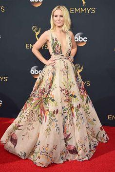kristen-bell-flower-dress-emmy-2016-modelo-vestido-festa-madrinha-estampado-floral-lindo