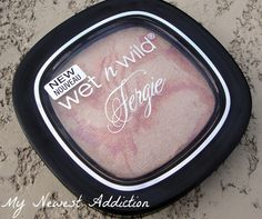 My Newest Addiction Beauty Blog: Wet n Wild Fergie Centerstage Collection: Rose Champagne Glow