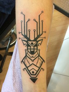 40 Circuit Tattoo Designs That Are Really Cool   http://www.barneyfrank.net/circuit-tattoo-designs/