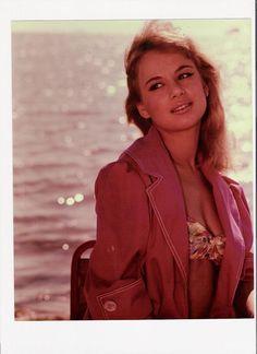 Αλίκη Greek Beauty, Bright Stars, Beautiful Actresses, All Star, Fashion Photography, Leather Jacket, Actors, People, Jackets