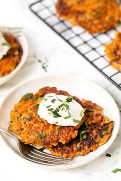 These Simple Veggie Fritters are healthy and easy to make! Made with carrots, zucchini, and sweet potatoes, these are a great way to get in your serving of vegetables. Great side for brunch or dinner as a substitute for hash browns or potatoes! Baked Zucchini Fritters, Veggie Fritters, Sweet Potato Fritters, Quick Vegetarian Meals, Quick Healthy Meals, Healthy Eating Recipes, Smoothies, Side Dish Recipes, Quick Recipes