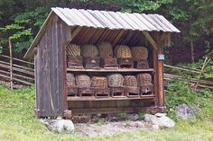 .I love this shed!  Would make a great place to keep firewood.....